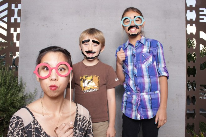 photo-booth-kids-props-960x640